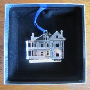 Davis-Ornament